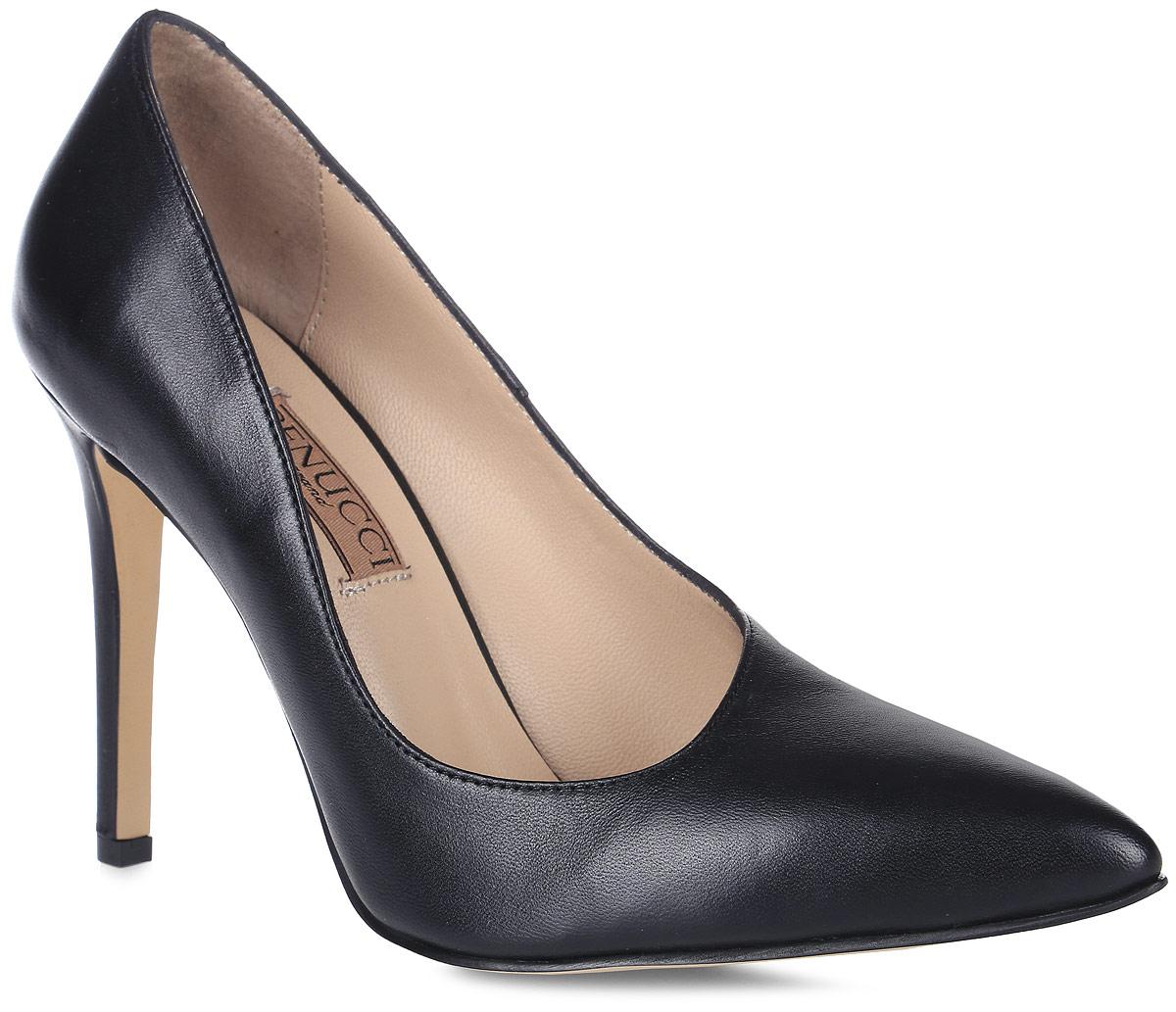 Туфли5870_кожаИзысканные женские туфли от Benucci поразят вас своим дизайном! Модель выполнена из натуральной кожи. Подкладка и стелька - из натуральной кожи позволят ногам дышать и обеспечат максимальный комфорт при ходьбе. Зауженный носок добавит женственности в ваш образ. Высокий каблук-шпилька устойчив. Подошва с рифлением обеспечивает идеальное сцепление с любой поверхностью. Изысканные туфли добавят в ваш образ немного шарма и подчеркнут ваш безупречный вкус.