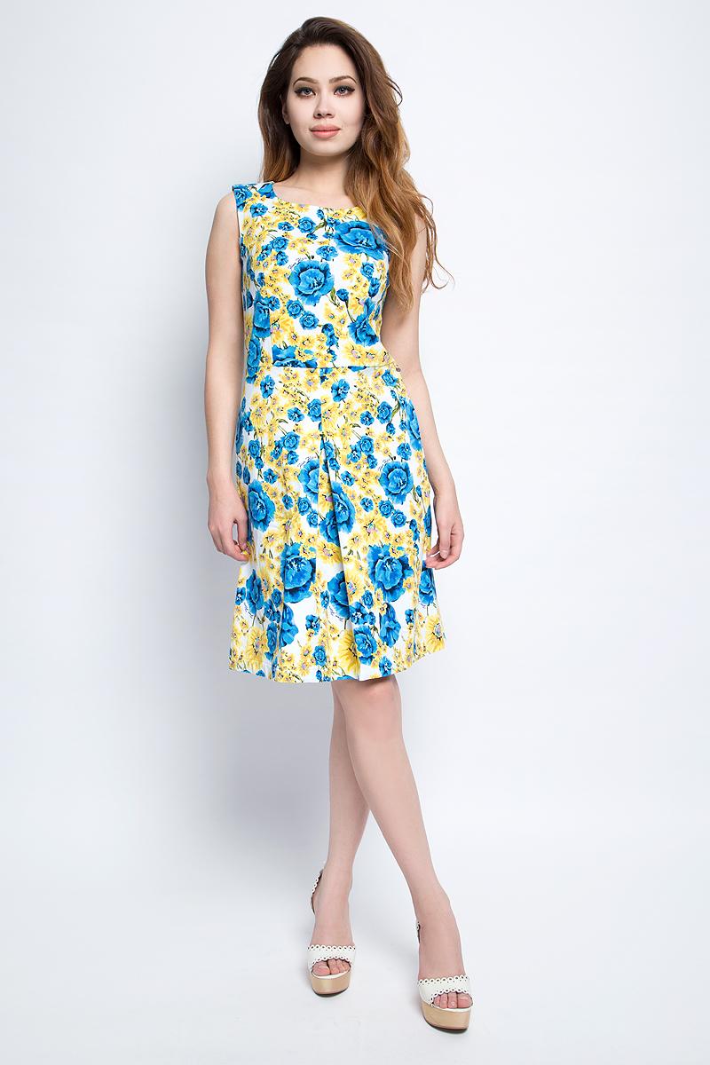 ПлатьеS17-11033_115Платье Finn Flare выполнено из хлопка и эластана. Модель с круглым вырезом горловины оформлена цветочным принтом.