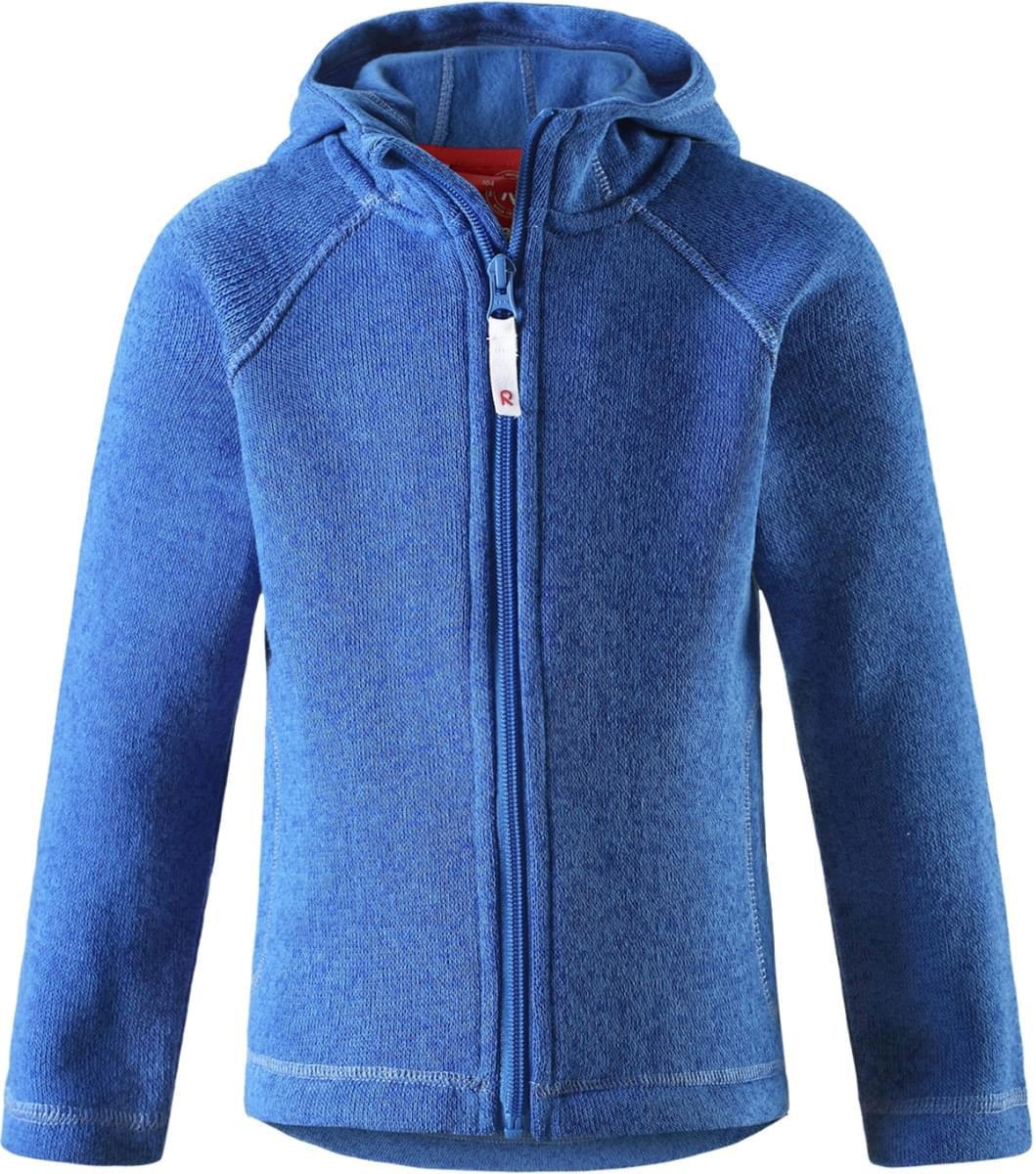 Толстовка5262519150Детская флисовая толстовка Reima с капюшоном отличный вариант на прохладный день. Можно использовать как верхнюю одежду в сухую погоду весной и осенью или надевать в качестве промежуточного слоя в холода. Обратите внимание на удобную систему кнопок Play Layers, с помощью которой легко присоединить эту модель к одежде из серии Reima Play Layers и обеспечить ребенку дополнительное тепло и комфорт. Высококачественный флис - это теплый, легкий и быстросохнущий материал, он идеально подходит для активных прогулок. Удлиненная спинка обеспечивает дополнительную защиту для поясницы, а молния во всю длину с защитой для подбородка облегчает надевание.