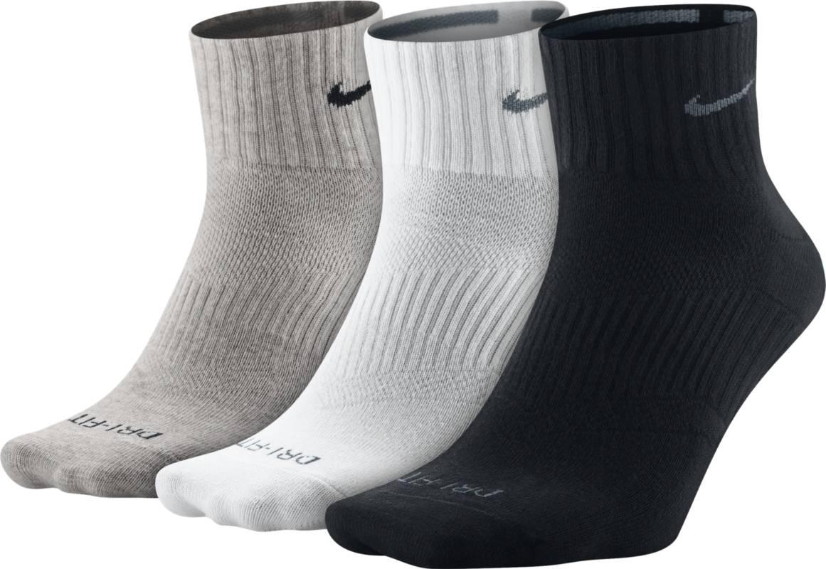 НоскиSX4847-901Носки Nike 3PPK Dri-FIT LightWeight из мягкой влаговыводящей ткани плотно облегают свод стопы и позволяют коже оставаться сухой. Ткань Dri-FIT гарантирует дополнительную вентиляцию , сохраняя тело сухим и гарантируя комфорт. Анатомически продуманный крой улучшает облегание. Поддержка свода стопы - для плотной устойчивой фиксации. 3 пары.