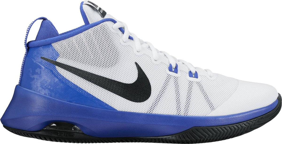 Кроссовки852431-101Мужские баскетбольные кроссовки Nike Air Versatile с интегрированной ленточной шнуровкой надежно фиксируют стопу во время резких рывков, а вставка Air-Sole в пятке обеспечивает амортизацию. Прочная подметка подходит для разных поверхностей и обеспечивает уверенное сцепление при любом стиле игры. Ленточная шнуровка интегрирована со шнурками для легкой фиксации. Видимая вставка Air-Sole в пятке обеспечивает амортизацию при жестких приземлениях. Универсальная и долговечная подметка отлично подходит для разных поверхностей. Легкий дышащий верх из сетки. Мягкие выступы на бортике обеспечивают комфорт и предотвращают проскальзывание стопы.