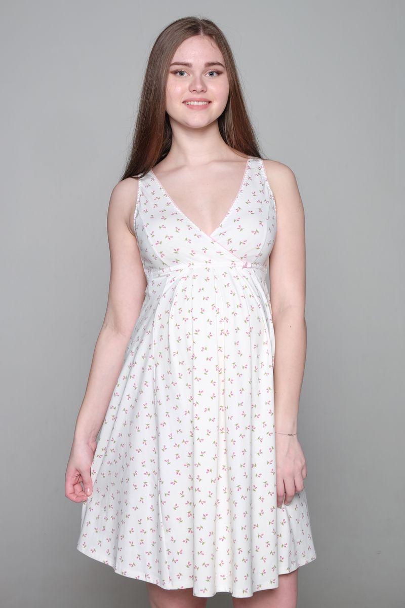 Ночная рубашка1-НМП 17502Комфортная сорочка Hunny Mammy выполнена из эластичного хлопка. Модель с V-образным вырезом горловины оформлена принтом. Конструкция с запахом обеспечивает быстрый доступ к груди при кормлении малыша. Женственный крой и кокетливый вырез на спинке подчеркнет вашу индивидуальность.
