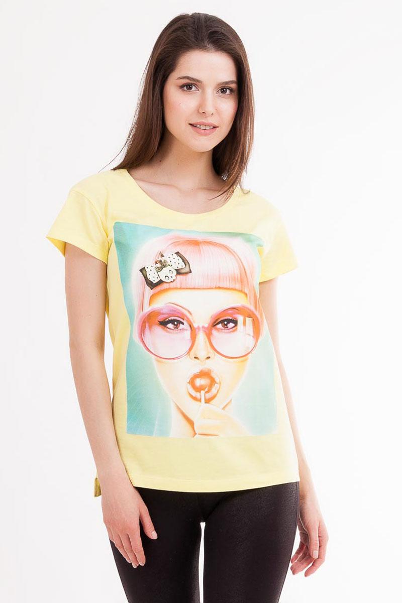 Футболка795-0_13693Стильная женская футболка Mark Formelle изготовлена из 100% натурального хлопка. Материал гипоаллергенный, отлично впитывает влагу и позволяет телу дышать, гарантируя ощущение комфорта. Модель имеет стандартные короткие рукава и круглый вырез горловины. Изделие дополнено ярким оригинальным рисунком.