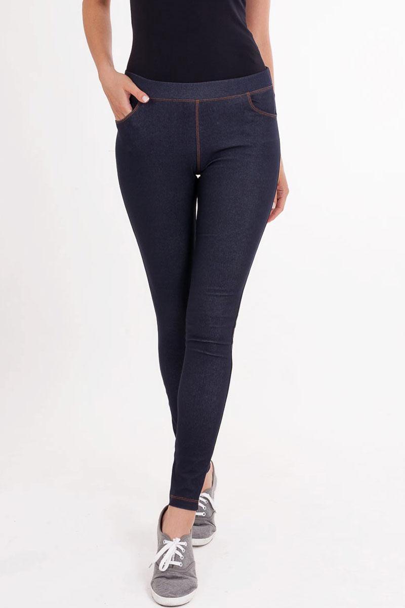 Брюки1027-5_3533Женские брюки Mark Formelle изготовлены из хлопка с добавлением полиэстера и эластана. Брюки обтягивают по всей длине. Модель снабжена притачным поясом с эластичной тесьмой. Спереди расположены внутренние карманы на подкладке, сзади имеются два настроченных накладных кармана и кокетка в верхней части. Такие брюки подходят как для повседневной носки, так и для дома, занятий спортом или активного отдыха.