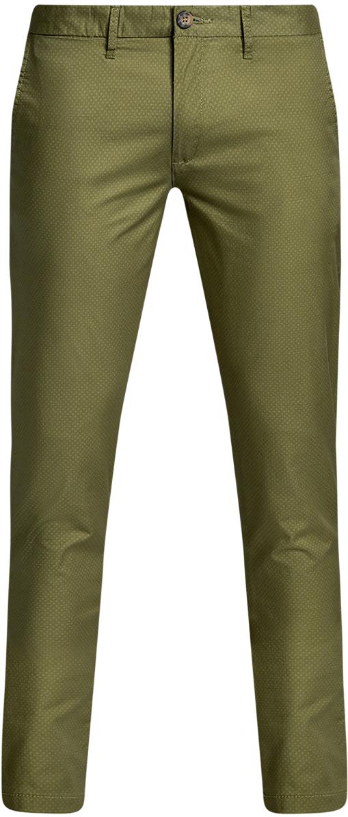 Брюки2L150100M/46645N/6669GМужские брюки oodji Lab выполнены из высококачественного материала. Модель-чинос стандартной посадки застегивается на пуговицу в поясе и ширинку на застежке-молнии. Пояс имеет шлевки для ремня. Спереди брюки дополнены втачными карманами, сзади - прорезными на пуговицах.