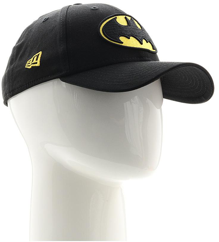 Бейсболка11379829-BLKСтильная бейсболка New Era, выполненная из высококачественного материала, идеально подойдет для прогулок, занятий спортом и отдыха. Изделие оформлено объемным вышитым логотипом Бетмена и логотипом бренда New Era. Бейсболка надежно защитит вас от солнца и ветра. Эта модель станет отличным аксессуаром и дополнит ваш повседневный образ.
