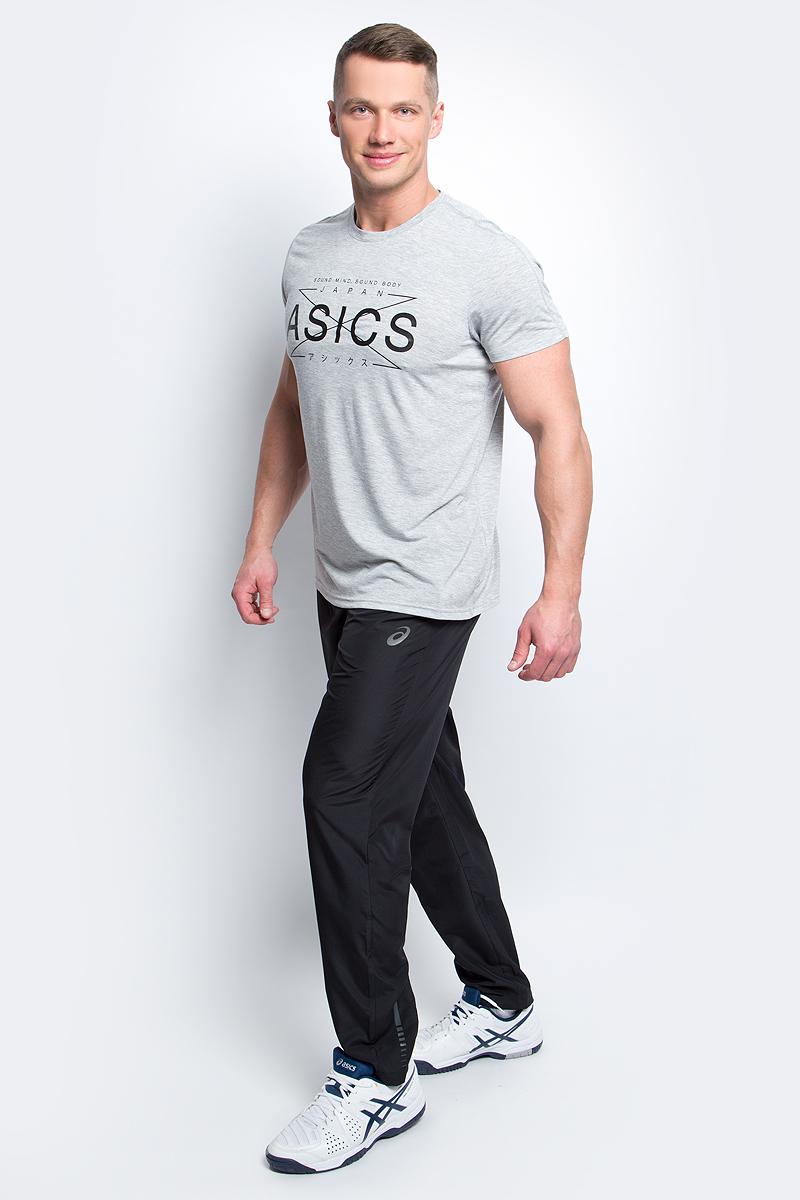 Футболка141816-0714Мужская футболка Asics выполнена из полиэстера с добавлением вискозы и эластана. У модели классический круглый ворот и короткие стандартные рукава. Спереди изделие оформлено принтом с надписями, на спинке - логотипом бренда. Технология Motion Dry позволяет выводить влагу, оставляя тело сухим и сохраняя его оптимальный температурный режим.