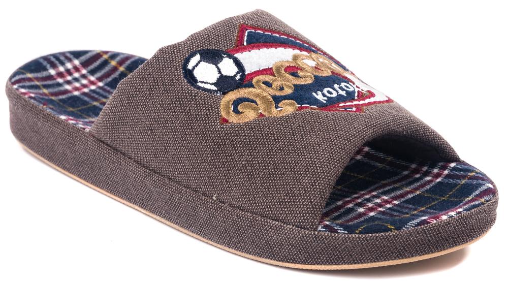 Тапочки531021-11Домашние тапки с открытым носком для мальчика от Котофей выполнены из текстиля. Верх украшен декоративной нашивкой. Подкладка и стелька выполнены из текстиля. Подошва дополнена рифлением.