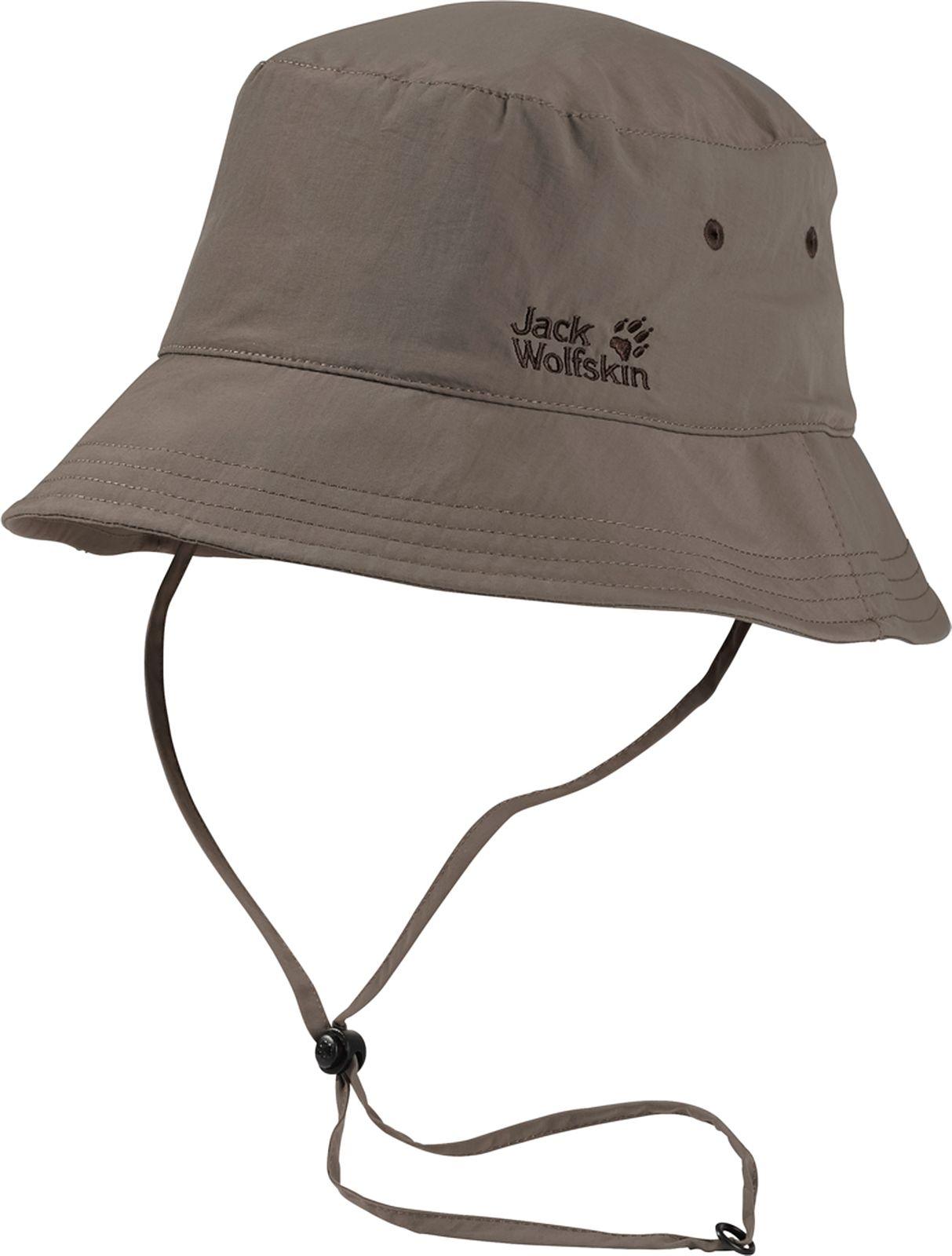 Панама1903391-5017Панама Jack Wolfskin Supplex Sun Hat станет отличным дополнением к вашему гардеробу. Изготовлена из высококачественного материала она хорошо пропускает воздух. Внутри модель дополнена сетчатой вставкой. Панама с высоким солнцезащитным фактором дополнена текстильным шнурком с пластиковым фиксатором, что обеспечивает лучшую фиксацию на голове. На модели предусмотрены вентиляционные отверстия. Оформлено изделие вышивкой в виде логотипа бренда. Такая панама отлично защитит вашу голову от солнца.