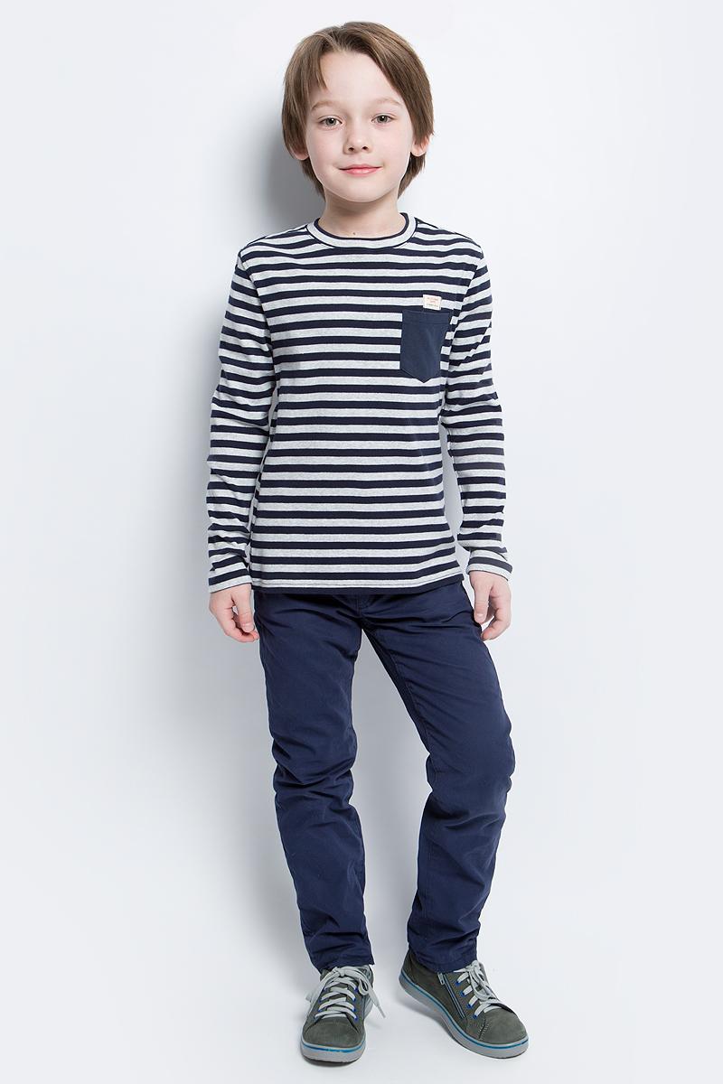 Футболка с длинным рукавом21607BKC1203Детские футболки с длинным рукавом - основа повседневного гардероба!Удобная и красивая, стильная трикотажная футболка в мелкую полоску способна добавить образу изюминку, а также подарить комфорт и свободу движений. Если вы хотите приобрести модную и удобную вещь на каждый день, вам стоит купить классную футболку в полоску. Темный однотонный карман добавляет модели изюминку. Мягкий хлопок обеспечивает прекрасный внешний вид и комфорт в повседневной носке.