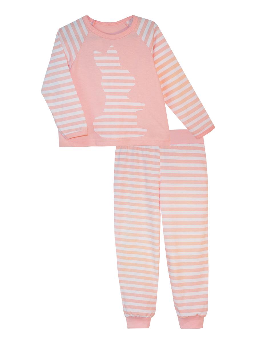 Пижама16512Пижама для девочки КотМарКот выполнена из натурального хлопка и состоит из кофточки и брючек. Кофточка выполнена с длинными рукавами и удобным круглым воротом. Штанишки на талии собраны на эластичную резинку. Кофточка оформлена крупной оригинальной аппликацией. Манжеты штанишек отделаны эластичными мягкими резинками.