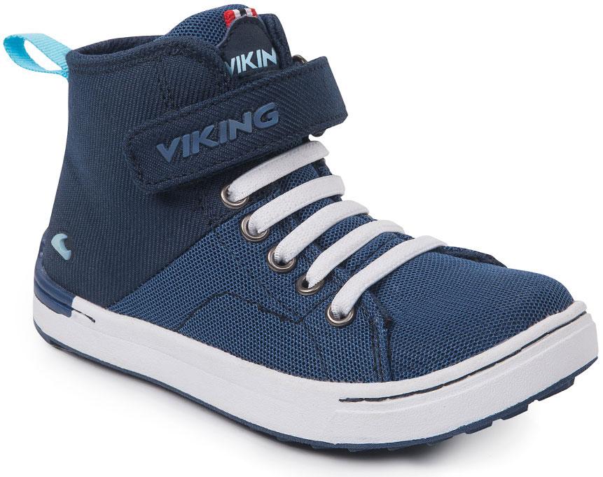 Кеды3-47780-00501Модные высокие кеды от Viking приведут в восторг вашего мальчика! Модель выполнена из полиэстера. Классическая шнуровка и ремешок на застежке-липучке, расположенный на подъеме, обеспечивают надежную фиксацию модели на ноге. Ремешок оформлен названием бренда. Ярлычок на заднике облегчает обувание. Внутренняя поверхность и стелька из текстиля комфортны при движении. Подошва выполнена из резины контрастного цвета с прострочкой. Рифление на подошве гарантирует отличное сцепление с любыми поверхностями. Стильные и удобные кеды - необходимая вещь в гардеробе каждого мальчика.