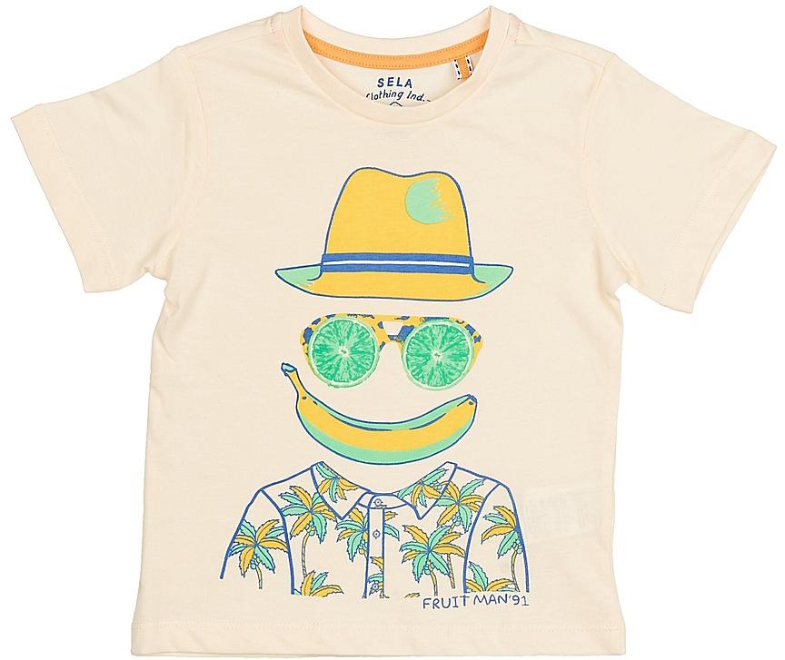ФутболкаTs-711/185-7214Стильная футболка для мальчика Sela изготовлена из натурального хлопка и оформлена оригинальным принтом. Воротник дополнен мягкой трикотажной резинкой. Яркий цвет модели позволяет создавать модные образы.