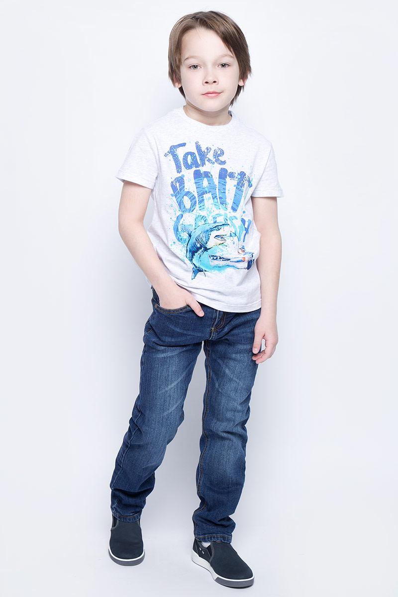ФутболкаTs-811/1072-7213Стильная футболка для мальчика Sela изготовлена из натурального хлопка и оформлена оригинальным принтом. Воротник дополнен мягкой трикотажной резинкой. Яркий цвет модели позволяет создавать модные образы.