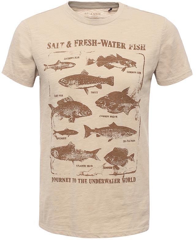 ФутболкаTs-211/1104-7112Стильная мужская футболка полуприлегающего силуэта Sela изготовлена из натурального хлопка и оформлена оригинальным принтом с изображением рыб и надписями. Воротник дополнен мягкой трикотажной резинкой. Яркий цвет модели позволяет создавать модные образы.