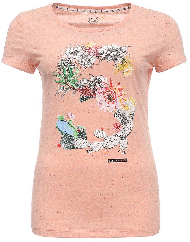 ФутболкаTs-111/332-7244Стильная женская футболка Sela выполнена из легкого качественного материала и оформлена ярким цветочным принтом. Модель приталенного кроя подойдет для прогулок и дружеских встреч и будет отлично сочетаться с джинсами и брюками, а также гармонично смотреться с юбками. Мягкая ткань на основе хлопка и полиэстера комфортна и приятна на ощупь. Воротник изделия дополнен мягкой эластичной бейкой.