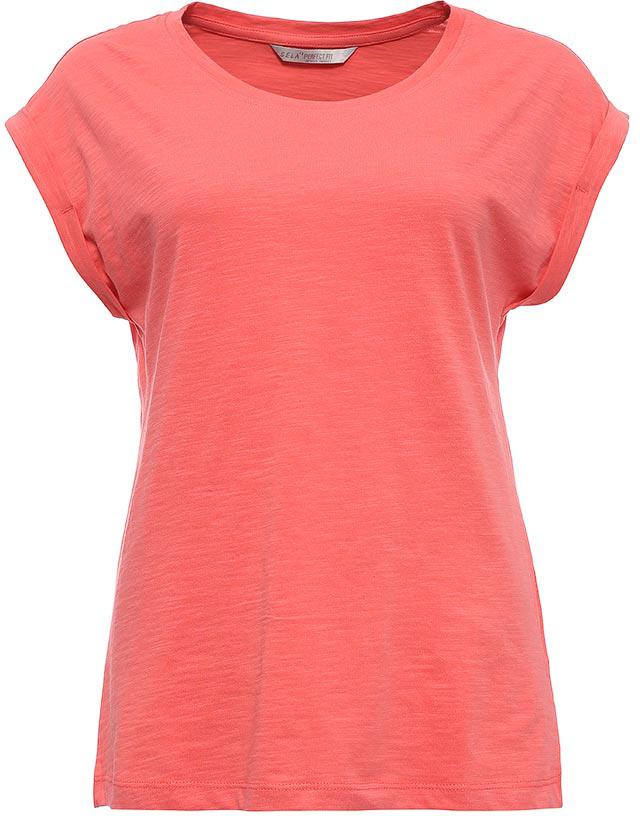 ФутболкаTs-111/1220-7273Стильная женская футболка Sela станет отличным дополнением к гардеробу каждой модницы. Модель полуприлегающего силуэта изготовлена из натурального хлопка и имеет короткие цельнокроеные рукава с опцией подгибки. Воротник дополнен мягкой эластичной бейкой. Универсальный цвет позволяет сочетать модель с любой одеждой.