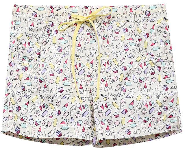 ШортыSH-515/384-7215Яркие шорты для девочки Sela, изготовленные из натурального хлопка, станут отличным дополнением гардероба в летний период. Шорты прямого кроя дополнены двумя втачными карманами и оформлены ярким принтом и разрезами по бокам брючин. Модель стандартной посадки на талии имеет пояс на мягкой резинке, дополнительно регулируемый тесьмой.