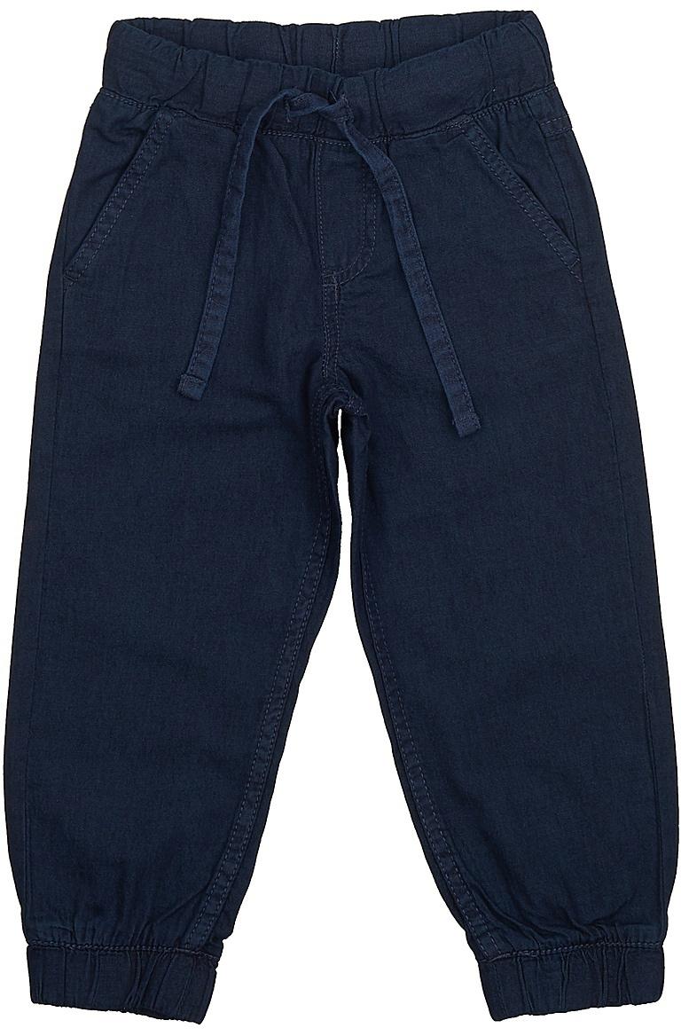 ДжинсыPJ-735/097-7213Стильные джинсы для мальчика Sela выполнены из натурального хлопка. Джинсы свободного кроя и стандартной посадки на талии имеют широкий пояс на мягкой резинке, дополнительно регулируемый тесьмой. Модель дополнена двумя втачными карманами спереди и накладным карманом сзади. Низ брючин собран на резинку.