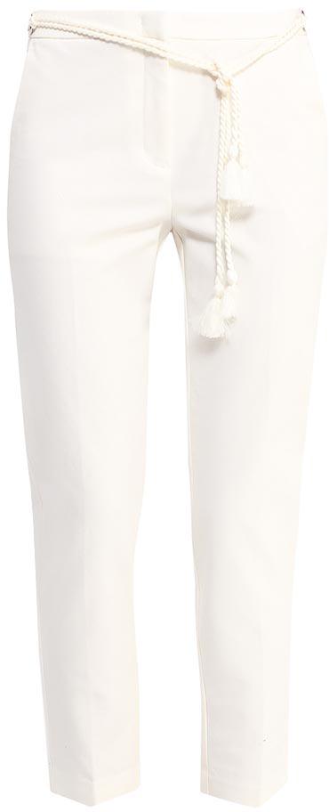 БрюкиP-115/819-7223Стильные укороченные брюки Sela, изготовленные из качественного хлопкового материала в классическом стиле, станут отличным дополнением вашего гардероба. Брюки полуприлегающего кроя и стандартной посадки на талии застегиваются на застежку-молнию и скрытую кнопку. На поясе имеется декоративный ремень. Сзади модель дополнена двумя прорезными карманами на пуговицах.