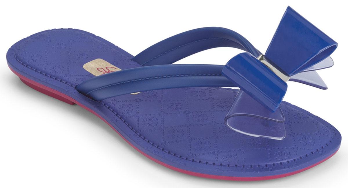 Сланцы82098-90103Красивые детские пантолеты, на маленьком каблучке с контрасной подошвой. Украшены нежным бантиком.