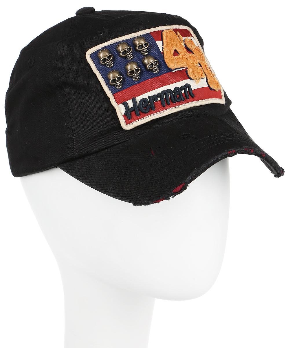 Бейсболка80-257-02-00Классическая хлопковая бейсболка Herman Floride подойдет на любой размер головы. Сзади имеется хлястик для регулировки обхвата. Передняя часть дополнена нашивкой с оригинальным рисунком - американский флаг с металлическими черепами вместо звезд. Козырек имеет специальные элементы искусственного старения.