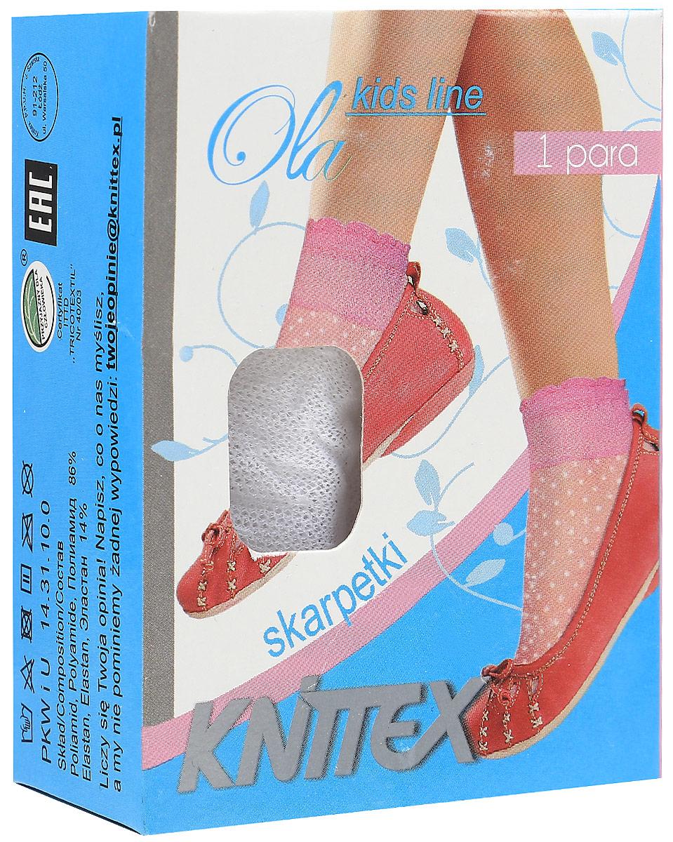 НоскиOlaНоски для девочки выполнены из полиамида и эластана. Модель оформлена нежным принтом.