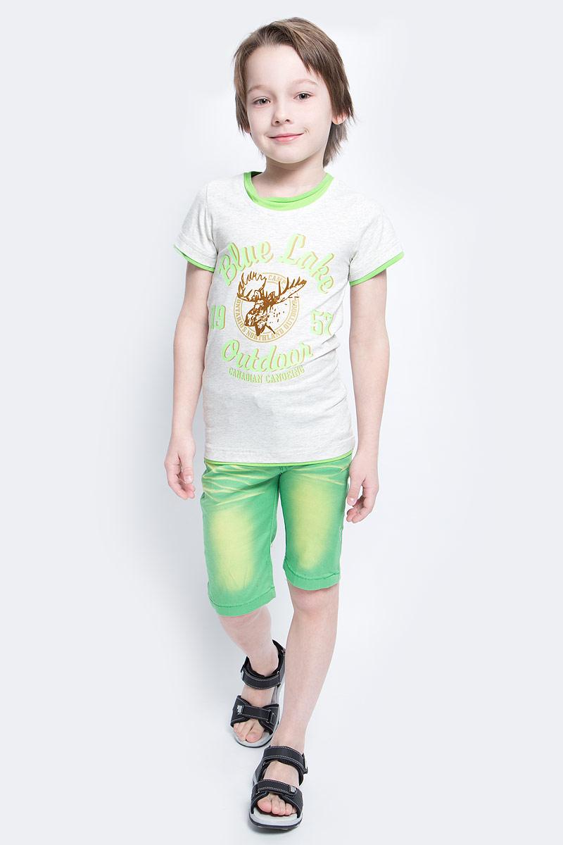 ФутболкаSS161B222-54Футболка для мальчика Nota Bene, изготовленная из эластичного хлопка, идеально подойдет для повседневной носки. Материал изделия мягкий и приятный на ощупь, не сковывает движения и позволяет коже дышать, обеспечивая комфорт. Футболка с круглым вырезом горловины и короткими рукавами оформлена термоаппликацией с бархатистой поверхностью и принтовыми надписями. Отделка горловины, рукавов и низа изделия придает футболке эффект 2 в 1. Футболка станет отличным дополнением к детскому гардеробу, ребенку в ней будет комфортно и удобно.