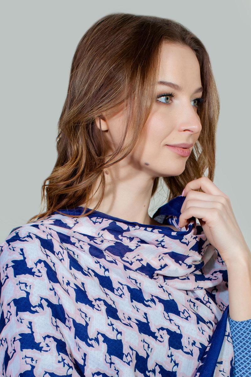 ПалантинBT-11701-8Яркий палантин Sophie Ramage изготовлен из модала и шелка. Модель оформлена оригинальным принтом. Изделия Sophie Ramage приятные на ощупь и подойдут к любому стилю.