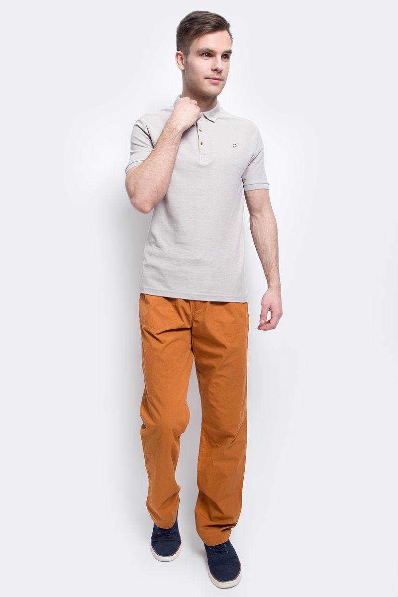 БрюкиS17-42006_611Стильные мужские брюки Finn Flare станут отличным дополнением к вашему гардеробу. Модель изготовлена из высококачественного хлопка, она великолепно пропускает воздух и обладает высокой гигроскопичностью. Застегиваются брюки на пуговицу и ширинку на застежке- молнии. На поясе имеются шлевки для ремня. Эти модные и в тоже время удобные брюки помогут вам создать оригинальный современный образ. В них вы всегда будете чувствовать себя уверенно и комфортно.