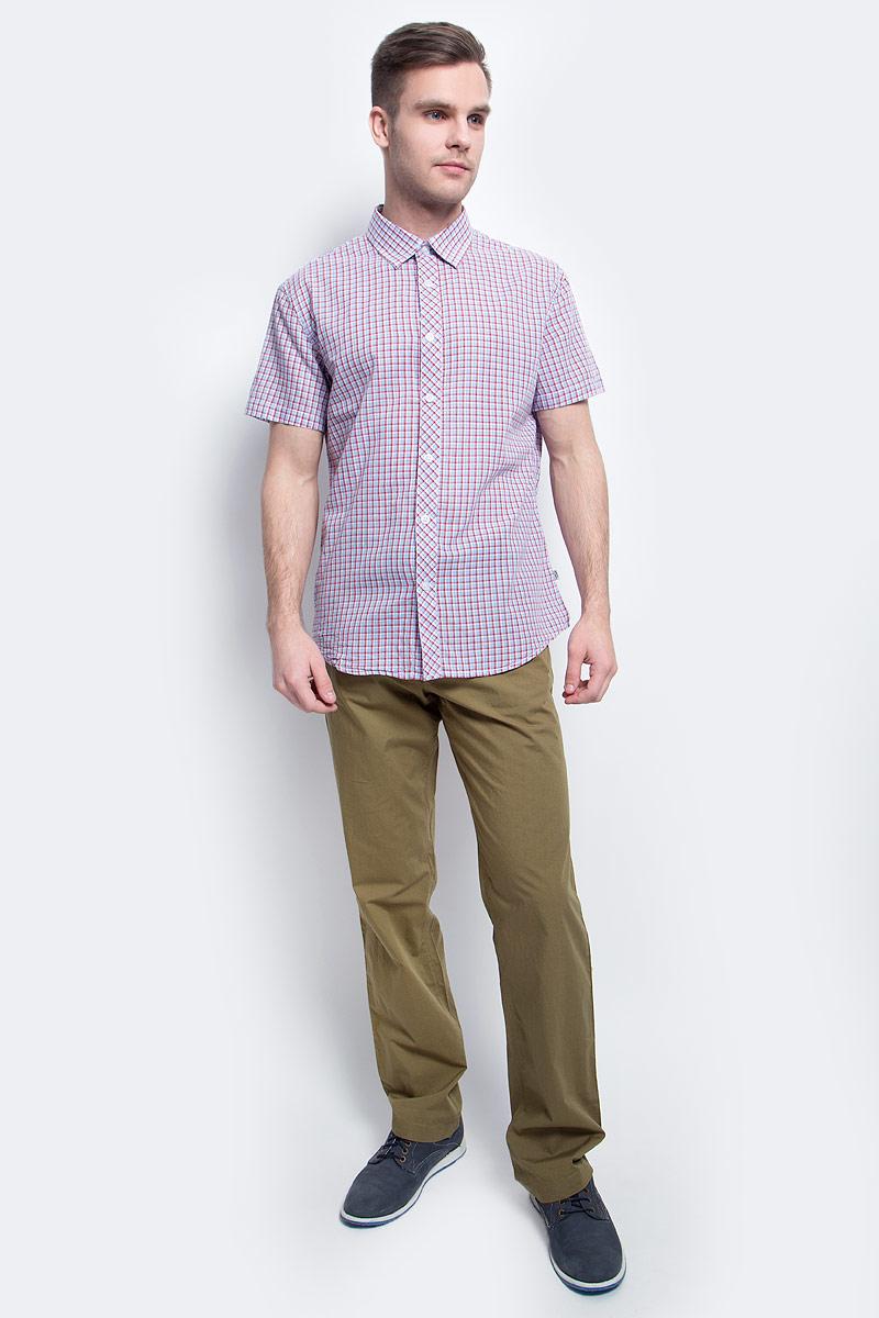 РубашкаS17-22015_138Рубашка мужская Finn Flare выполнена из хлопка. Модель с отложным воротником и короткими рукавами застегивается на пуговицы.