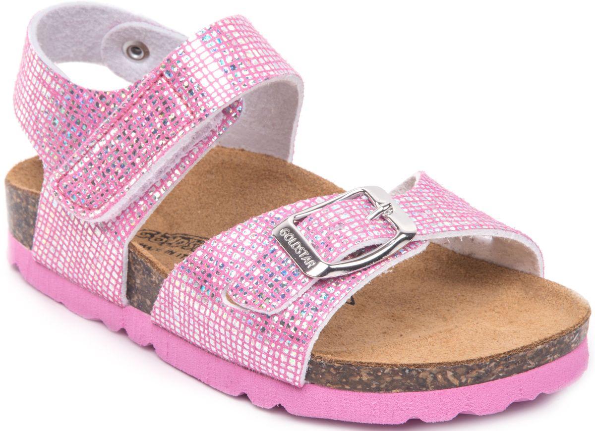 Сандалии1847/PORPORМодные сандалии от Goldstar не оставят равнодушной вашу девочку! Модель изготовлена из полиэстера и дополнена тиснением. Ремешок с застежкой - пряжкой на мысе, оформленный названием бренда и ремешок с застежкой - липучкой на щиколотке, прочно закрепят обувь на ножке и отрегулируют нужный объем. Стелька из полиэстера комфортна при движении. Подошва с рифлением обеспечивает отличное сцепление с поверхностью. Практичные и стильные сандалии займут достойное место в гардеробе вашей девочки.