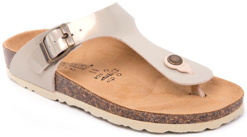Сандалии1830/SABBIAПрелестные сланцы от Goldstar покорят с первого взгляда! Модель выполнена из полиэстера. Перемычка между пальцами и ремешок с крупной металлической пряжкой прямоугольной формы, дополненной гравировкой в виде названия бренда, отвечают за надежную фиксацию модели на ноге. Стелька из полиэстера, дополненная названием бренда, комфортна при ходьбе. Рифление на подошве обеспечивает идеальное сцепление с любыми поверхностями. Эффектные сланцы помогут создать яркий, запоминающийся образ.