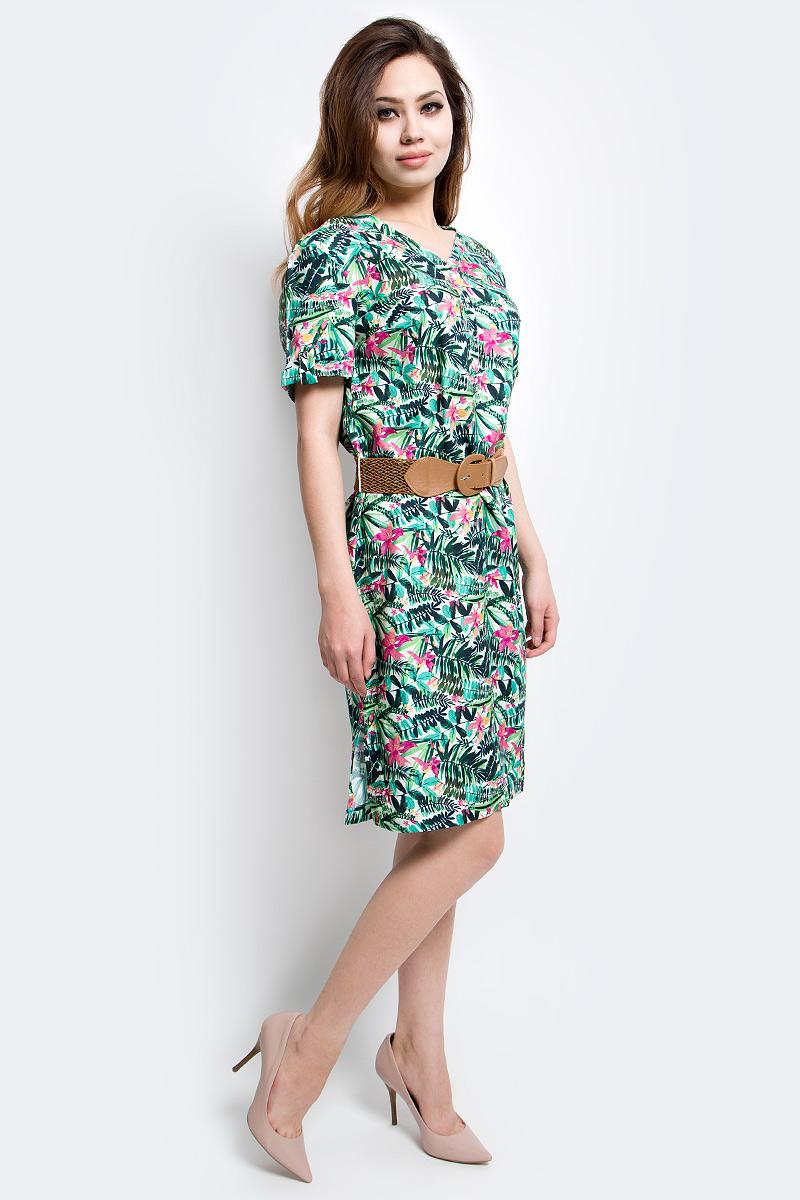 ПлатьеS17-12005_138Платье Finn Flare выполнено из вискозы. Модель с V-образным вырезом горловины и короткими рукавами.