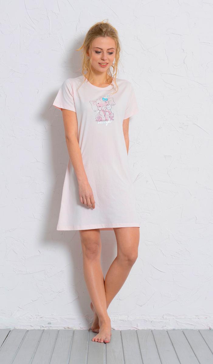 Платье домашнее608126 0000Женское домашнее платье Vienettas Secret выполнено из 100% натурального хлопка. Изделие имеет круглый вырез горловины, стандартные короткие рукава и длину мини. Модель прямого кроя не стесняет движений и комфортна для домашней носки. Платье выполнено в однотонном дизайне и дополнено забавным изображением слоника.