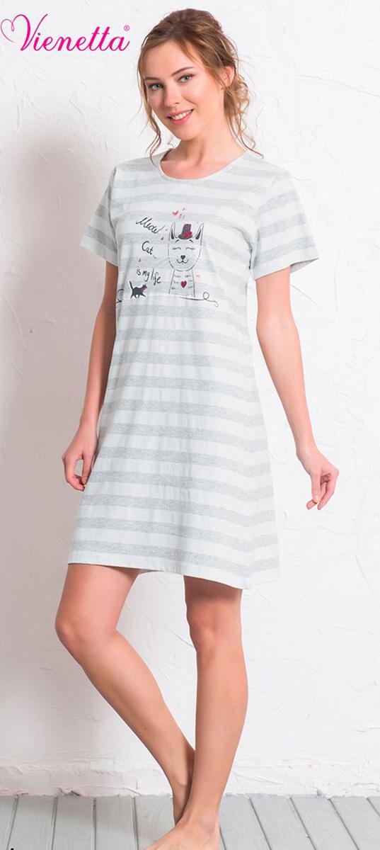 Платье домашнее608141 0000Женское домашнее платье Vienettas Secret выполнено из 100% натурального хлопка. Изделие имеет круглый вырез горловины, стандартные короткие рукава и длину мини. Модель прямого кроя не стесняет движений и комфортна для домашней носки. Платье оформлено принтом в полоску и дополнено изображением забавного кота.