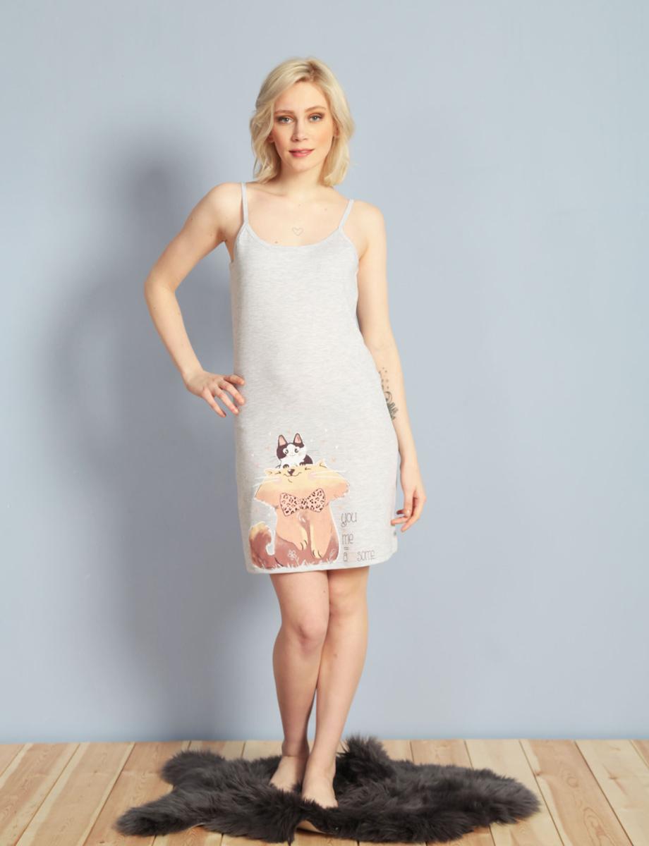Платье домашнее611085 0000Женское домашнее платье Vienettas Secret выполнено из 100% натурального хлопка. Изделие на бретельках имеет глубокое декольте с круглым вырезом и длину мини. Модель не стесняет движений и комфортна для домашней носки. Платье выполнено в однотонном дизайне и дополнено изображением котов.