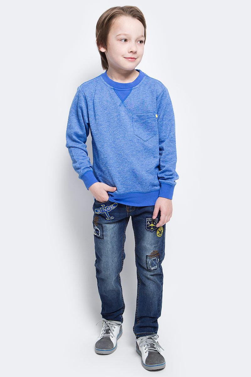СвитшотSt-813/139-6152Свитшот для мальчика Sela идеально подойдет вашему юному моднику. Изготовленный из хлопка с добавлением полиэстера, он мягкий и приятный на ощупь, не сковывает движения и позволяет коже дышать, обеспечивая наибольший комфорт. Лицевая сторона изделия гладкая, изнаночная с небольшими петельками. На модели с длинными рукавами предусмотрен круглый вырез горловины, оформленный трикотажной резинкой. На груди расположен небольшой накладной карман. Рукава имеют трикотажные манжеты, не стягивающие запястья. Понизу проходит широкая трикотажная резинка. Современный дизайн и расцветка делают этот свитшот модным и стильным предметом детского гардероба. В нем ребенок будет чувствовать себя уютно и комфортно, и всегда будет в центре внимания!