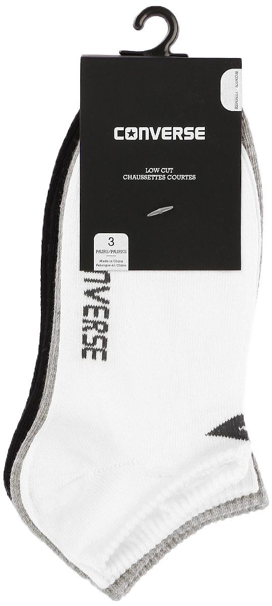 Комплект носковE220W3009Женские носки Converse изготовлены из качественного смесового материала на основе хлопка. Укороченная модель декорирована оригинальным принтом с названием бренда. Эластичная резинка плотно облегает ногу, не сдавливая ее.