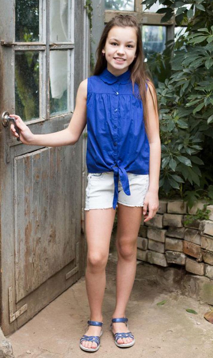Блузка718043Хлопковая блузка для девочки с отложным воротником, декорированным вышивкой. Застегивается изделие на пуговки.