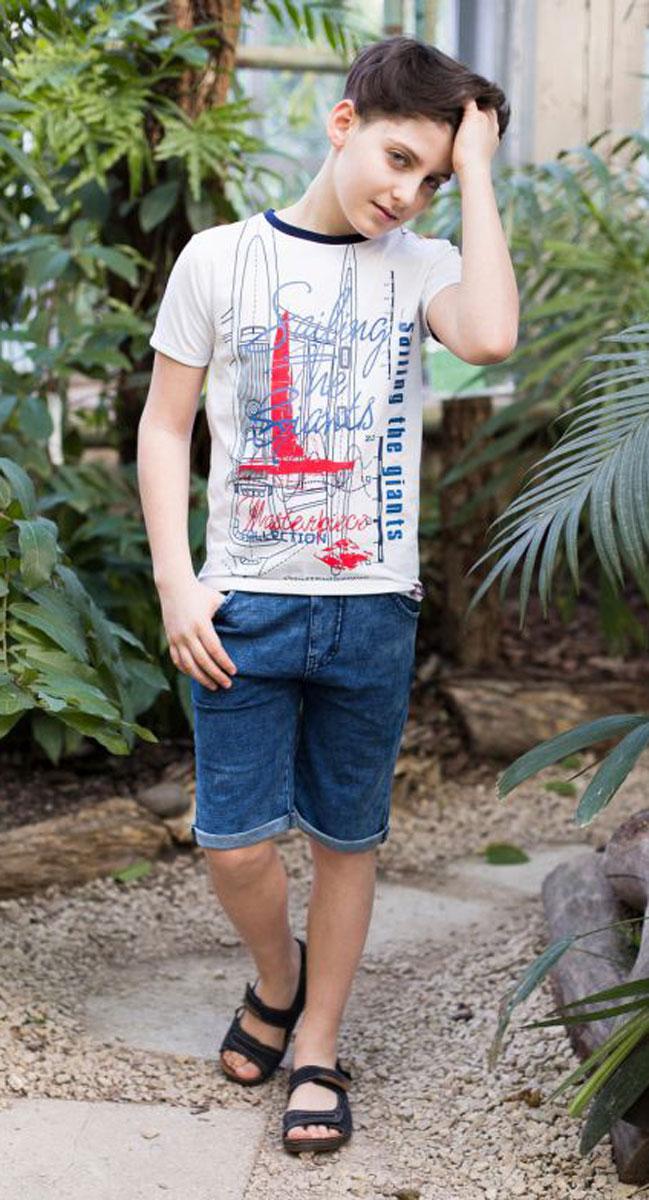 Футболка717016Футболка из трикотажной мягкой ткани для мальчика. Декорирована оригинальным принтом. Горловина и рукава выполнены из контрастного канта.