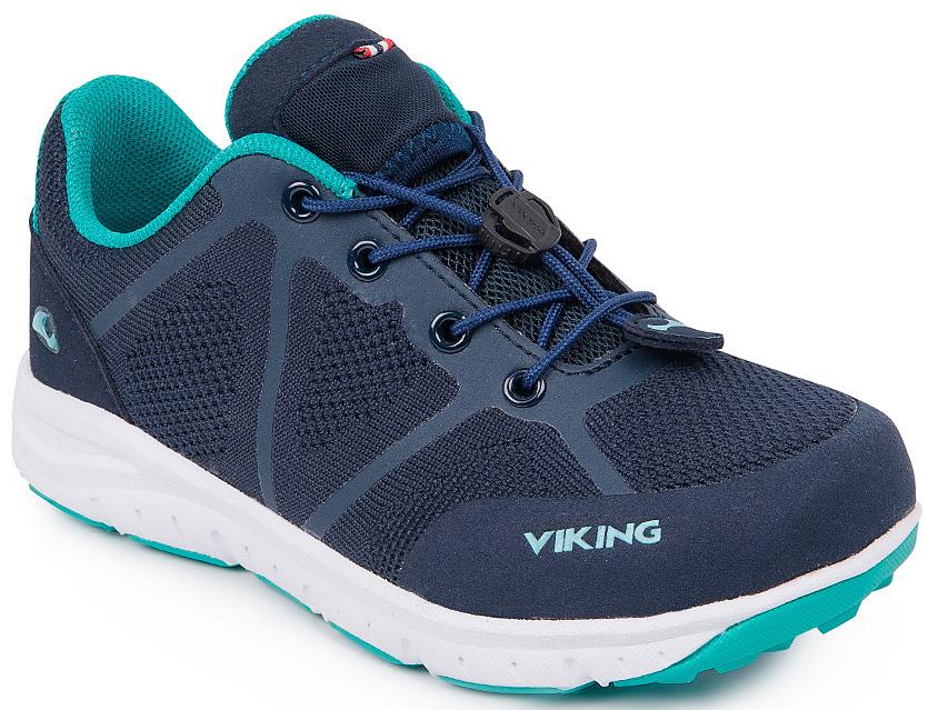 Кроссовки3-47660-00504Кроссовки для мальчика от Viking выполнены из дышащего текстиля. Модель на шнуровке гарантирует надежную фиксацию обуви. Подкладка и стелька выполнены из полиэстера. Облегченная подошва из вспененного полимера оснащена рифлением, что повышает сцепление с любым покрытием, улучшает амортизацию и поглощает удары. Комфортные и модные кроссовки - незаменимая вещь в гардеробе вашего ребенка.