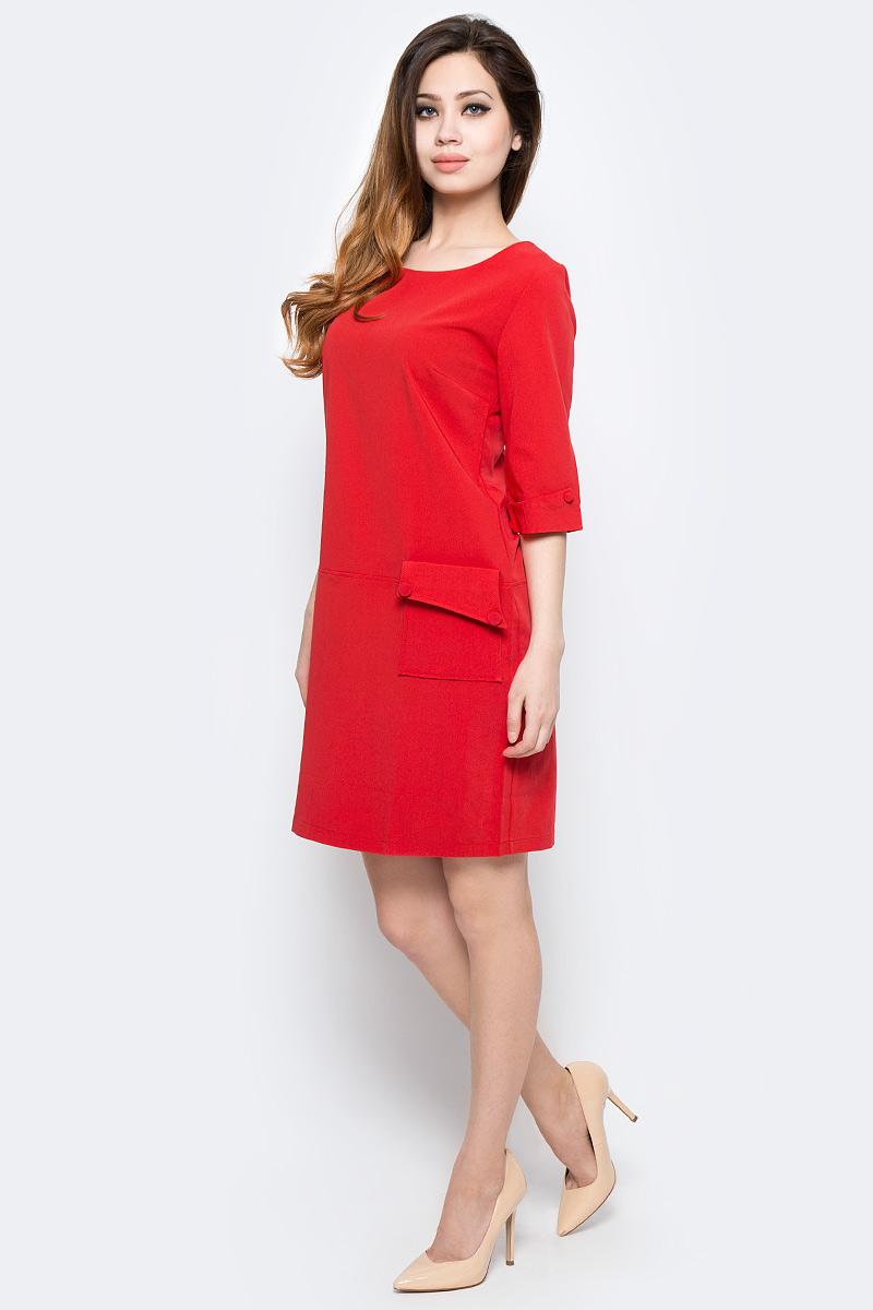 ПлатьеWD-2454FПлатье прямого силуэта, с втачным рукавом длиной 3/4 с манжетой. На полочке расположен накладной карман с левой стороны.