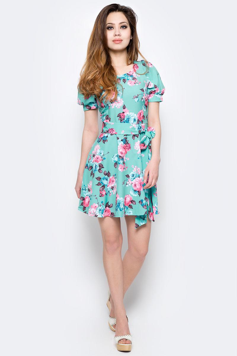ПлатьеWD-2479FПлатье прилегающего силуэта, без рукавов, отрезное по линии талии, с круглым вырезом горловины. Юбка расклешенная, со съемным поясом.
