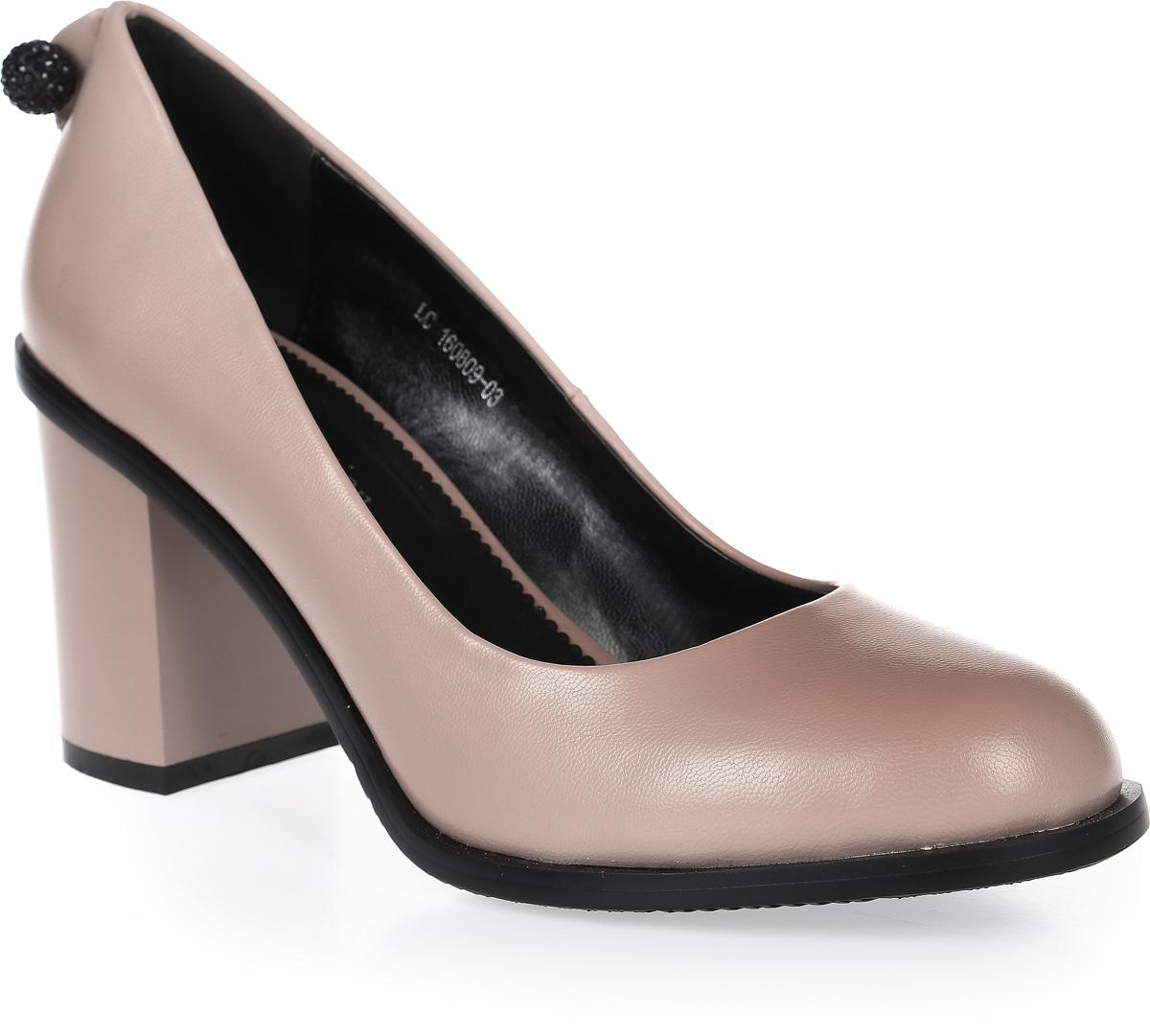 ТуфлиLC-160809-01 PUСтильные туфли на широком устойчивом каблуке выполнены из искусственной кожи. Стелька выполнена из натуральной кожи.