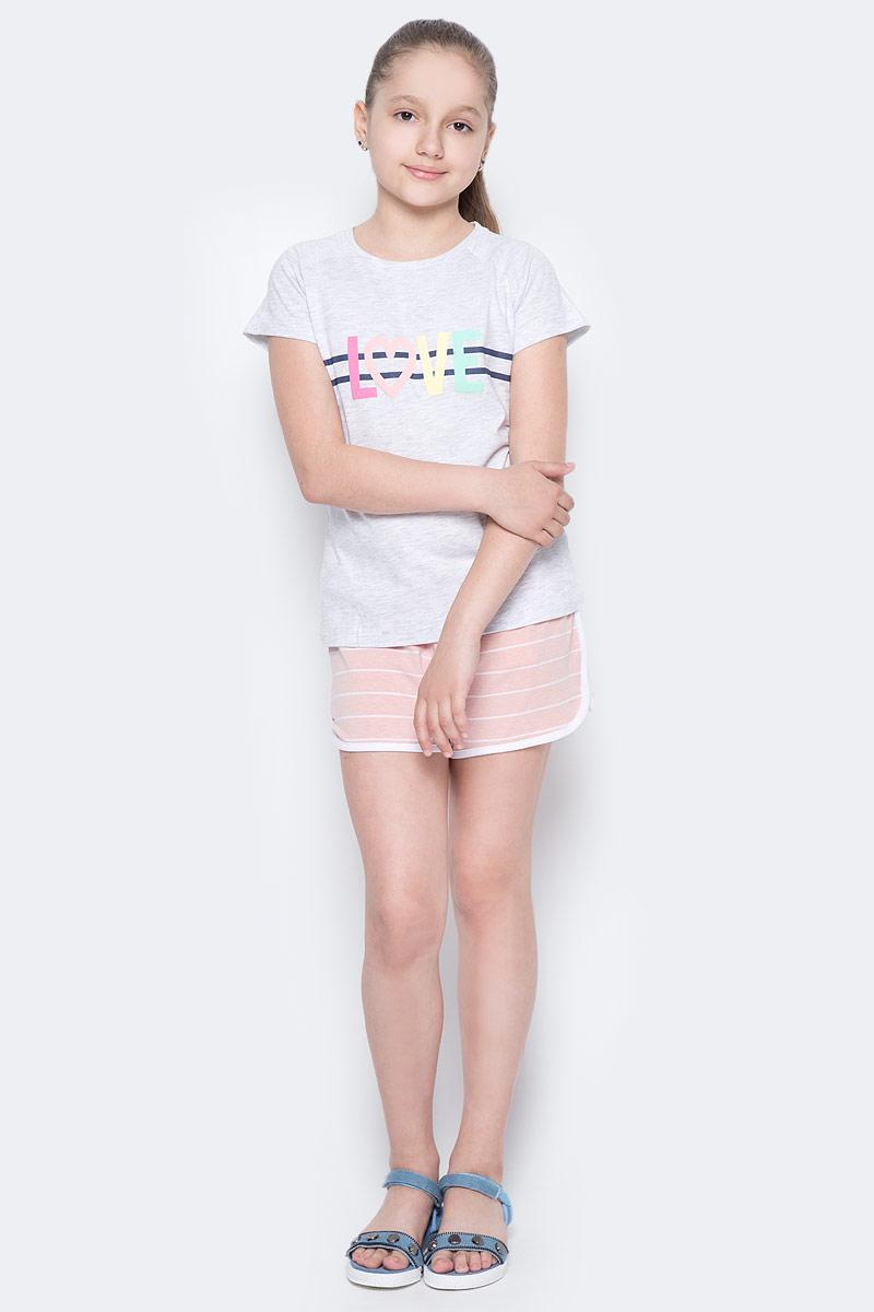 ФутболкаTs-611/1000-7234Стильная футболка для девочки Sela станет отличным дополнением к гардеробу юной модницы. Модель прямого кроя изготовлена из качественного трикотажа и оформлена оригинальным принтом. Воротник дополнен мягкой эластичной бейкой.