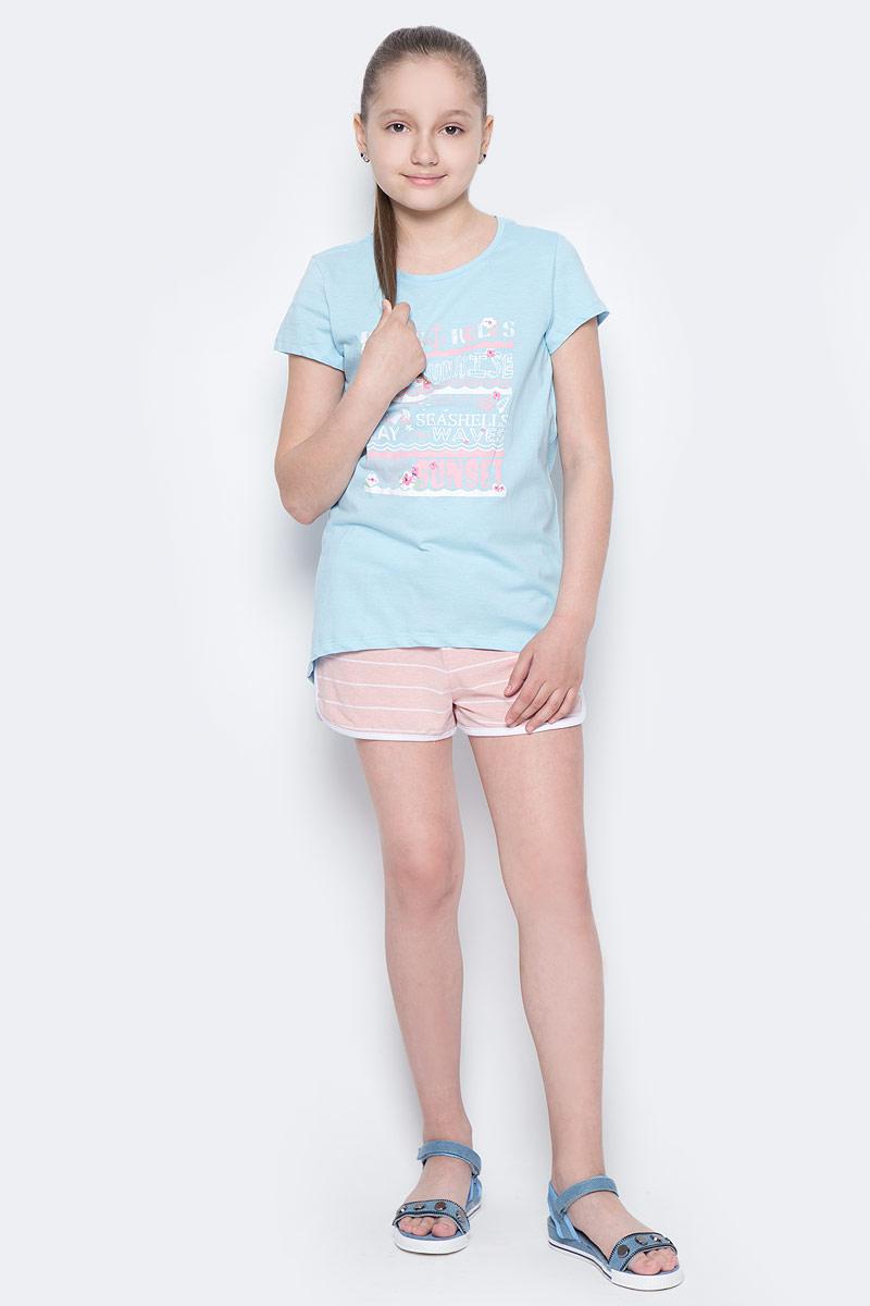 ФутболкаTs-611/981-7233Стильная футболка с удлиненной спинкой Sela станет отличным дополнением к гардеробу юной модницы. Модель прямого кроя изготовлена из натурального хлопка и оформлена оригинальным принтом. Воротник дополнен мягкой эластичной бейкой.