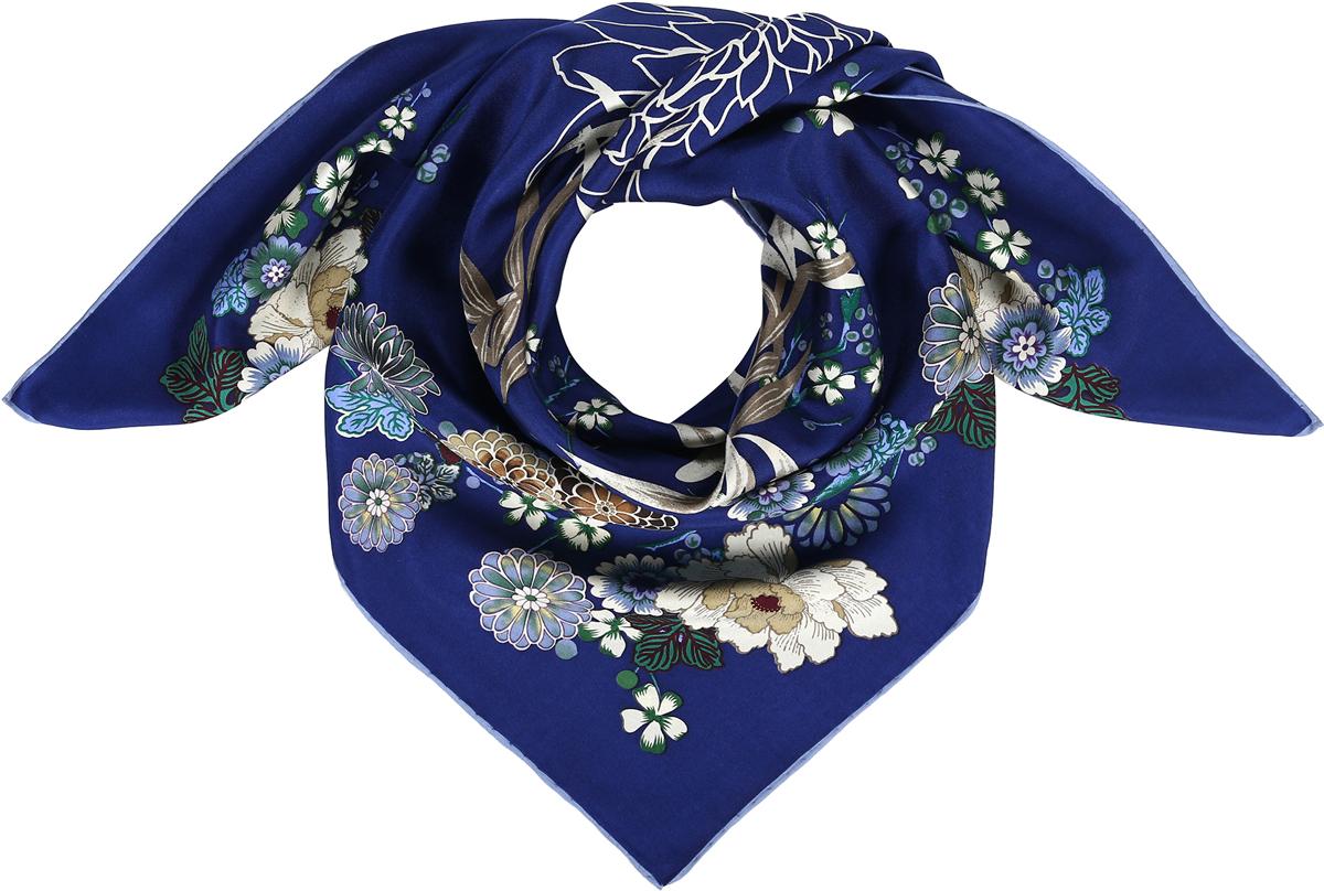 Платок23/0541/180Превосходный струящийся платок-каре из натурального шелка. Принт с японскими флоральными мотивами. Ручная обработка края. Легкий и приятный к телу. Состав: 100% шелк. Размер 90*90 см.