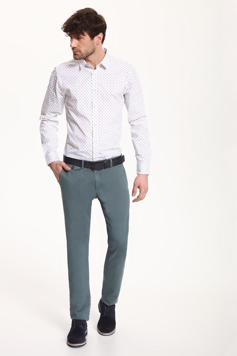 РубашкаSKL2325BIРубашка мужская Top Secret выполнена из 100% хлопка. Модель с отложным воротником и длинными рукавами застегивается на пуговицы.