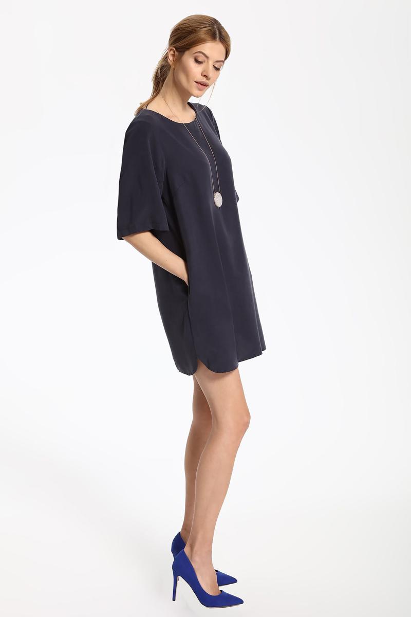ПлатьеSSU1813GRПлатье Top Secret выполнено из лиоцелла. Модель с круглым вырезом горловины и рукавами 3/4.